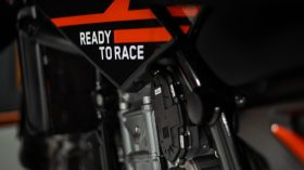 KTM 890 Duke Black Tech3 Limited Edition 04