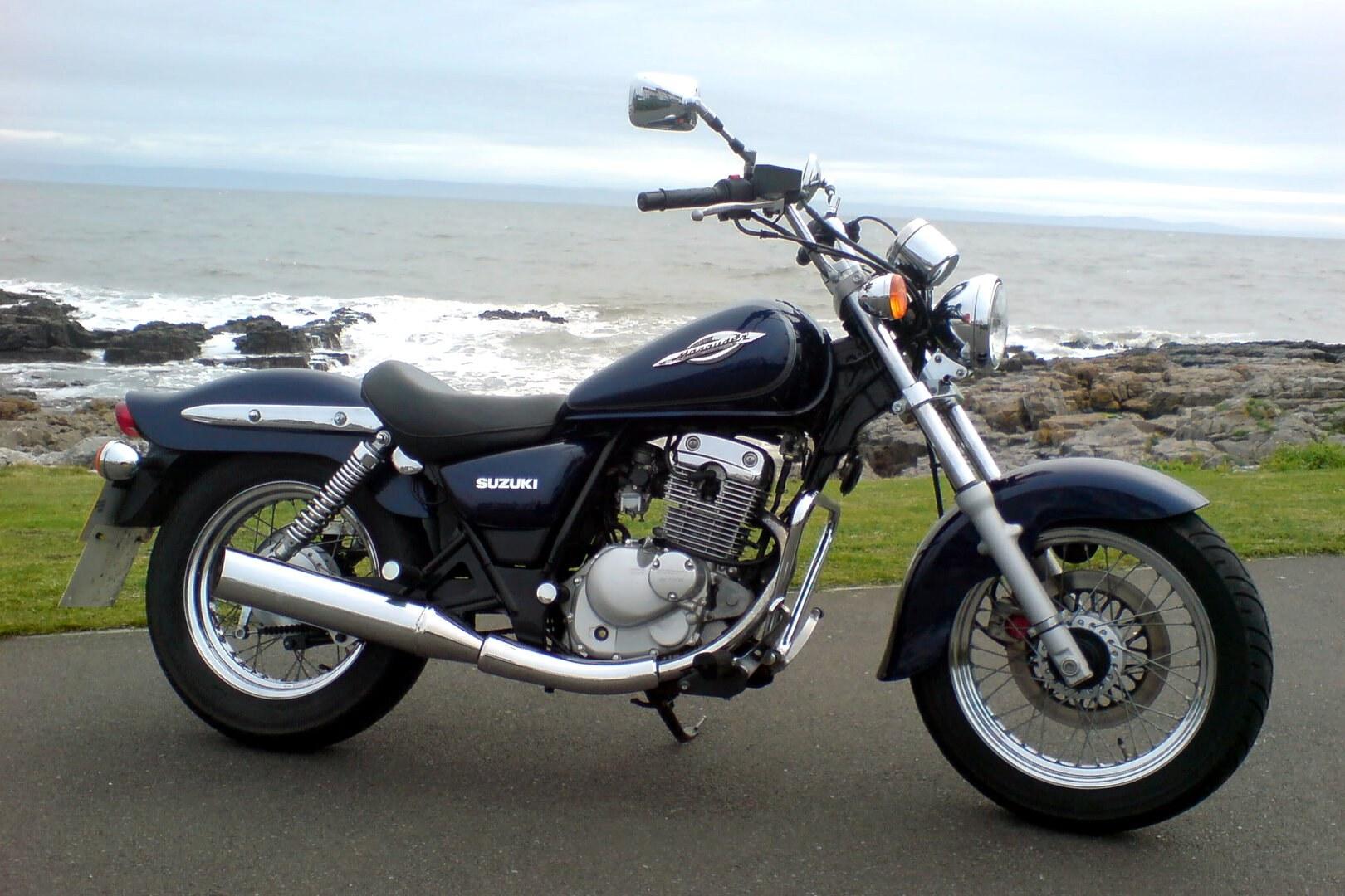 Moto del día: Suzuki GZ 125 Marauder