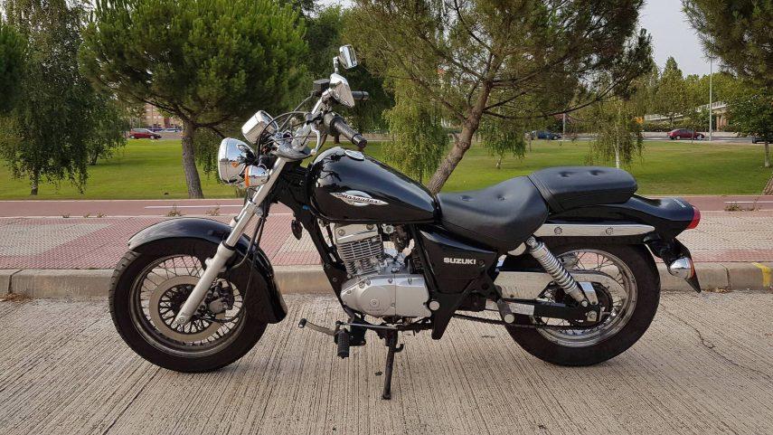 Suzuki GZ 125 Marauder 4