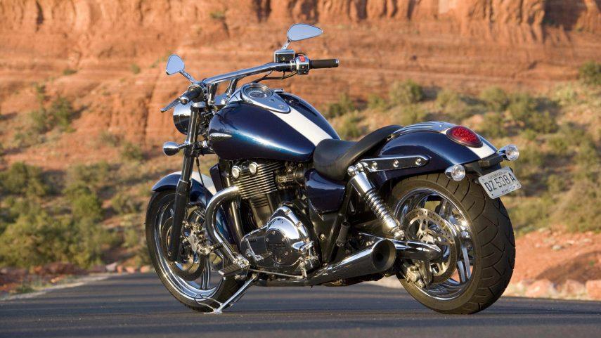 Triumph Thunderbird 1600 3