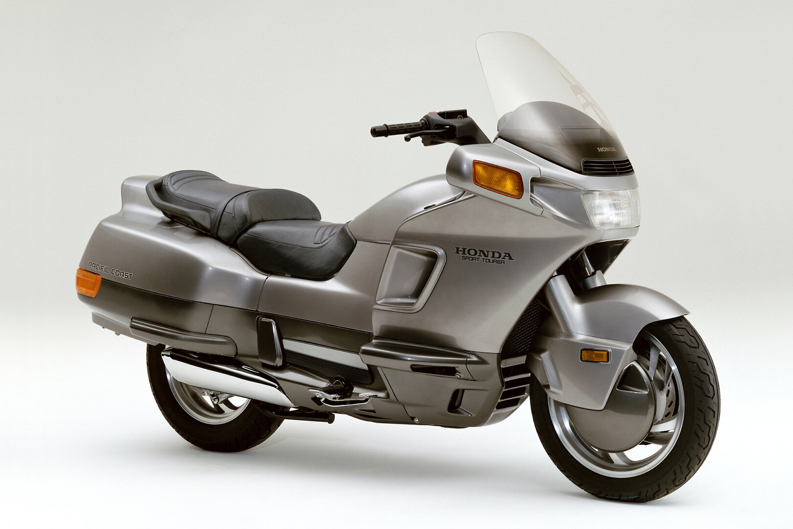 Moto del día: Honda Pacific Coast PC 800