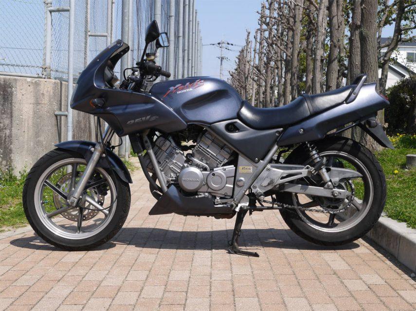 Honda VT 250 FN Xelvis 02
