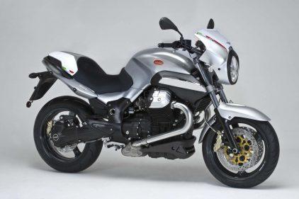 Moto Guzzi 1200 Sport 4V 1