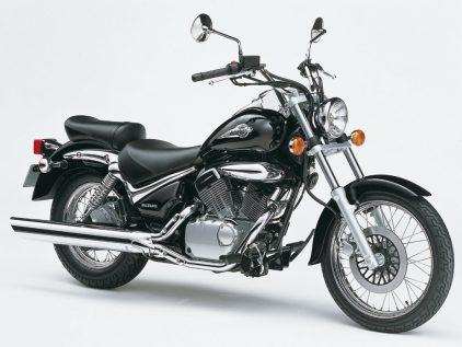 Suzuki VL 125 LC Intruder 1