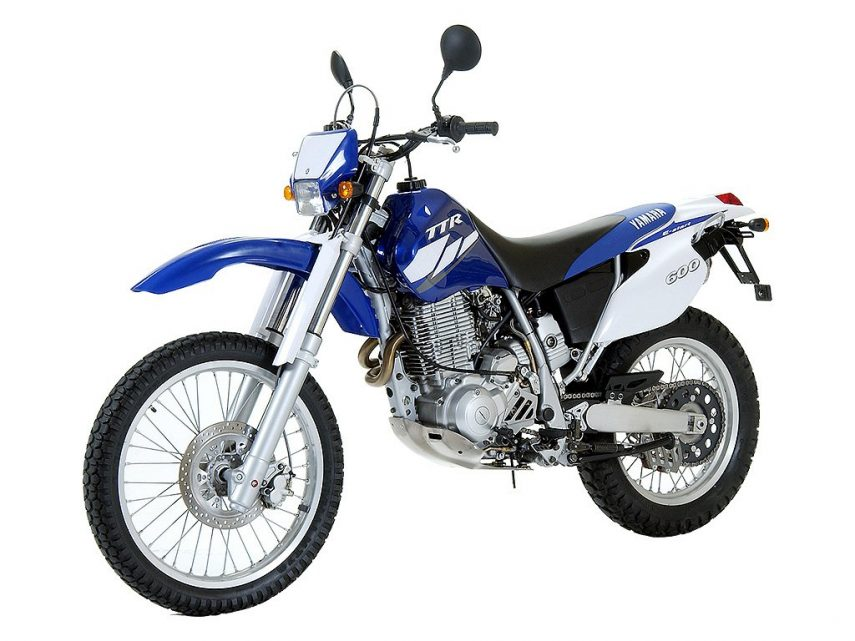 Moto del día: Yamaha TT 600 R