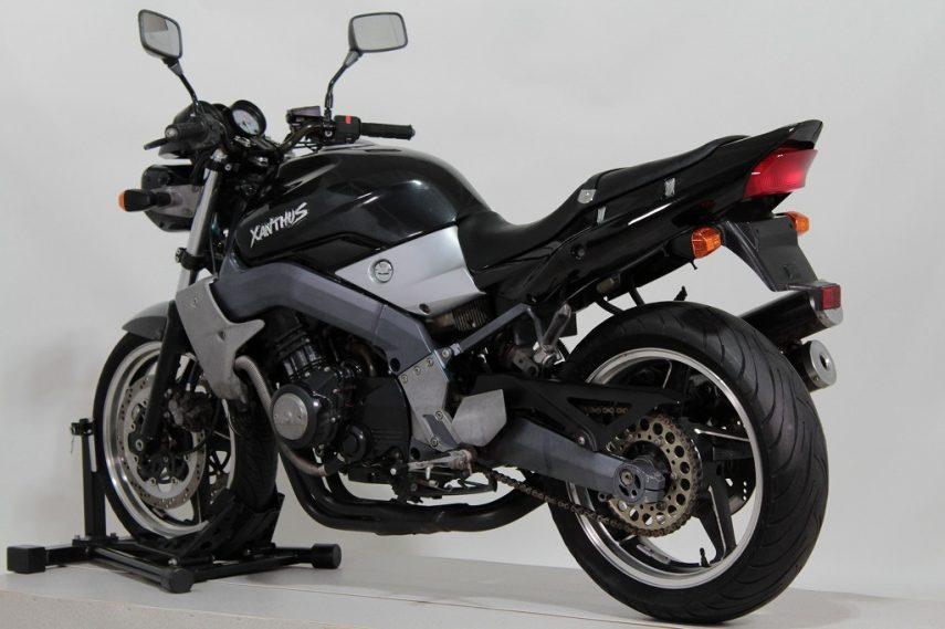 Kawasaki Xanthus 400 02