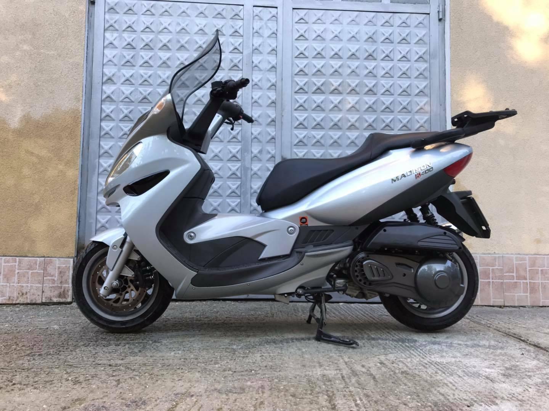 Moto del día: Malaguti Madison K400