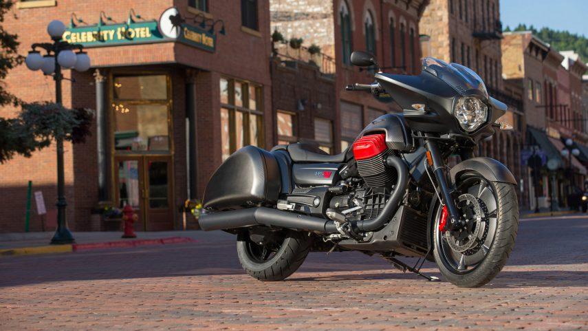"Moto del día: Moto Guzzi MGX-21 ""Flying Fortress"""