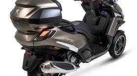 Peugeot Metropolis SW 2021 4