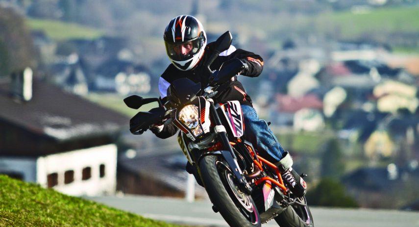 KTM 390 Duke 2013 1