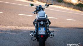 Moto Guzzi V7 850 Special 02