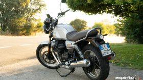 Moto Guzzi V7 850 Special 05