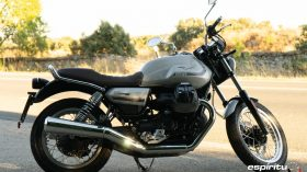 Moto Guzzi V7 850 Special 08