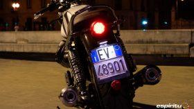 Moto Guzzi V7 850 Special 18