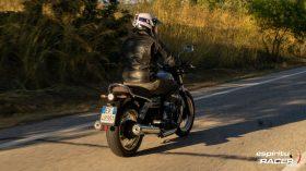 Moto Guzzi V7 850 Special 40