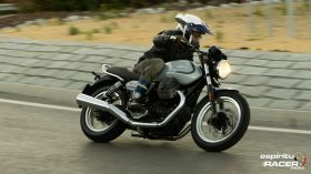 Moto Guzzi V7 850 Special 60