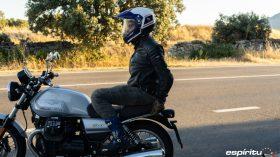 Moto Guzzi V7 850 Special 70