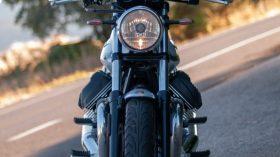 Moto Guzzi V7 850 Special 73