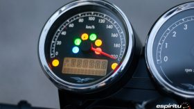 Moto Guzzi V7 850 Special 82