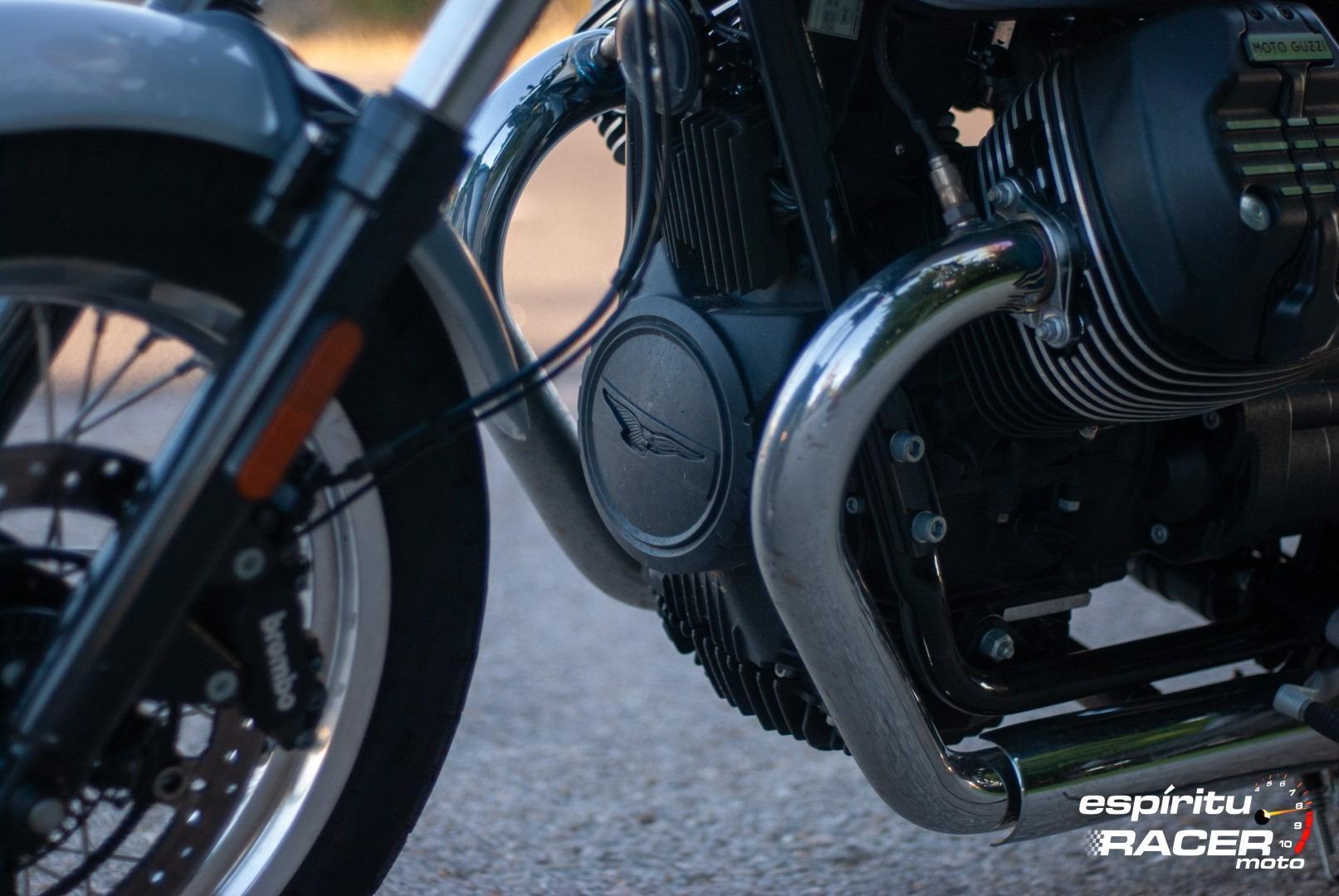 Moto Guzzi V7 850 Special 96