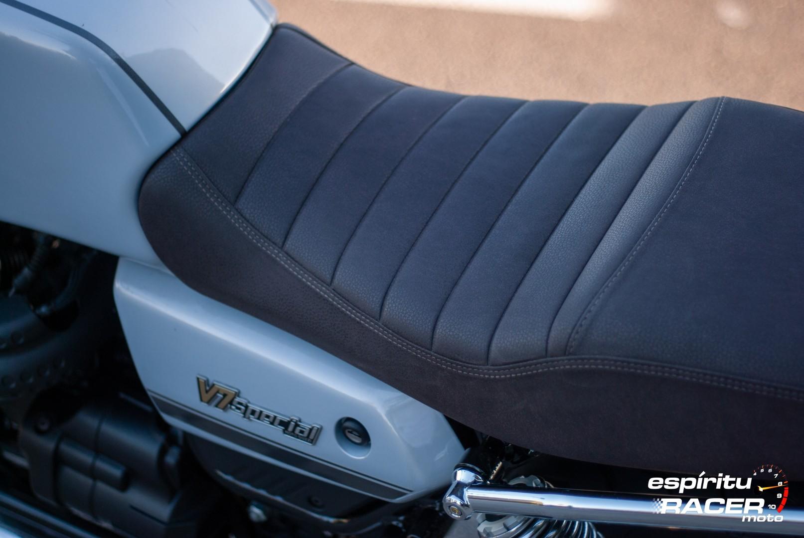 Moto Guzzi V7 850 Special 97