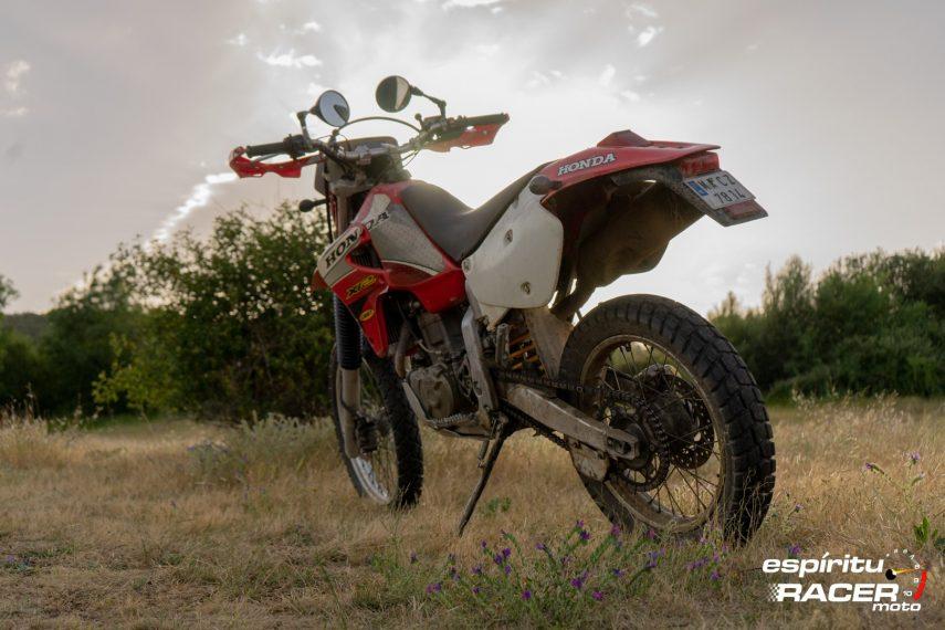 Prueba Honda XR 650 R 45