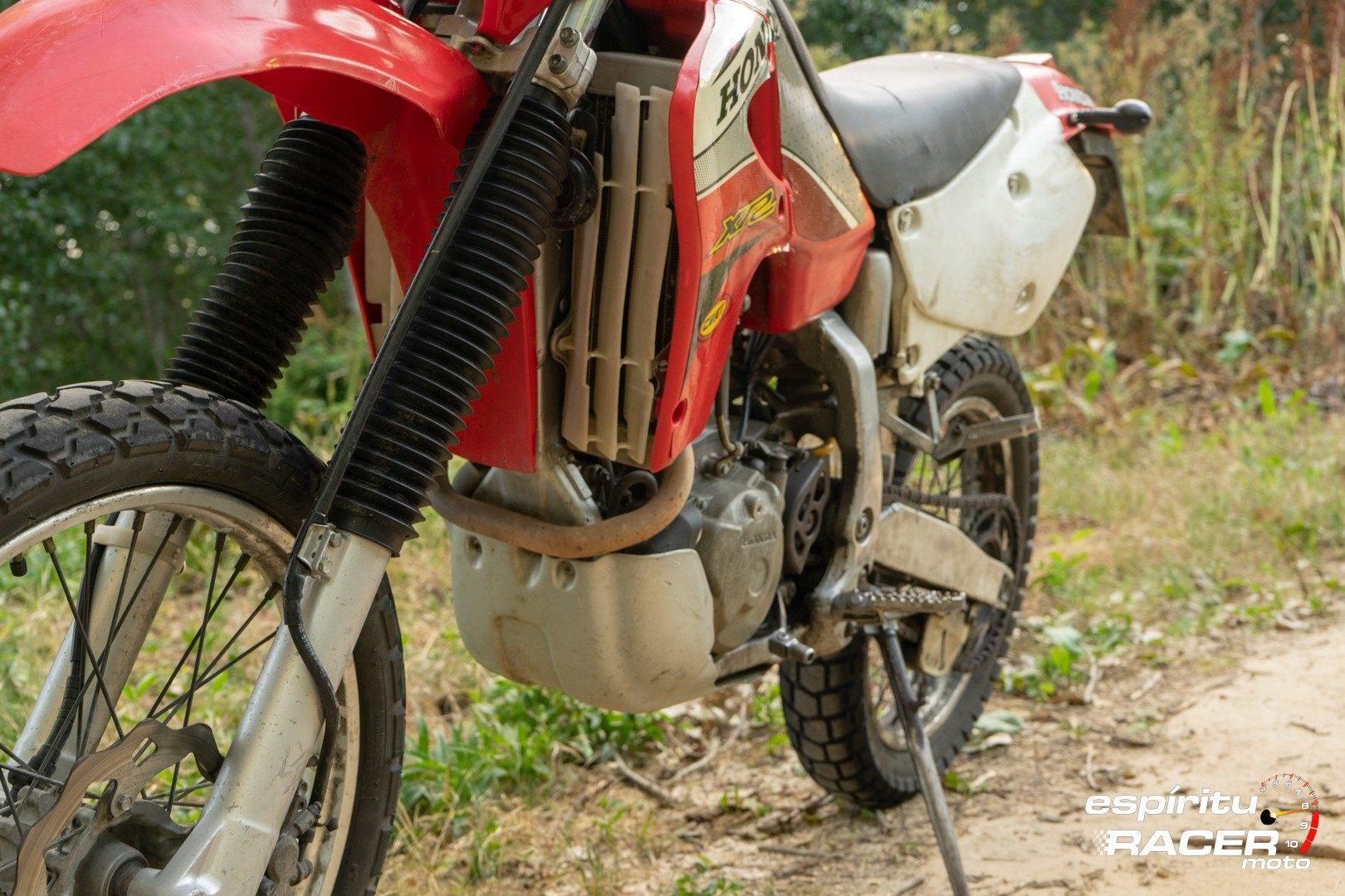 Prueba Honda XR 650 R 75
