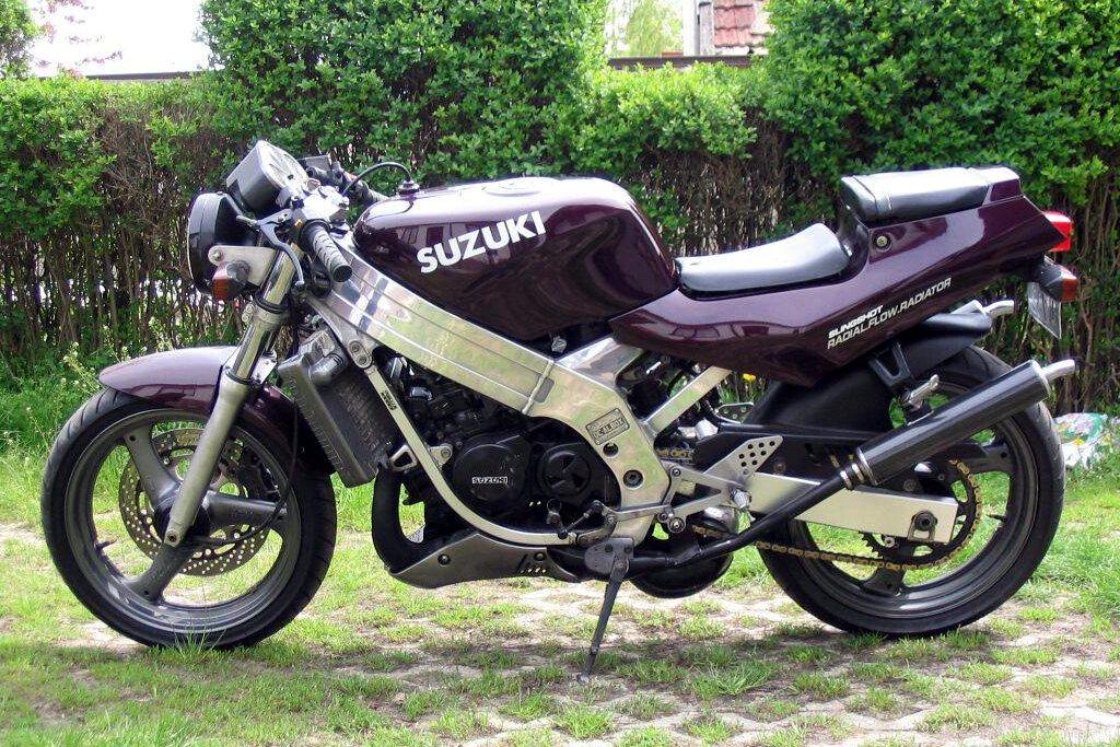 Moto del día: Suzuki TV 250 Wolf