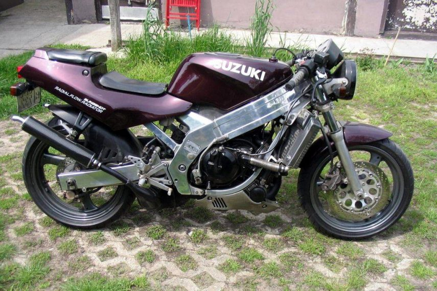 Suzuki TV 250 Wolf f1do 2